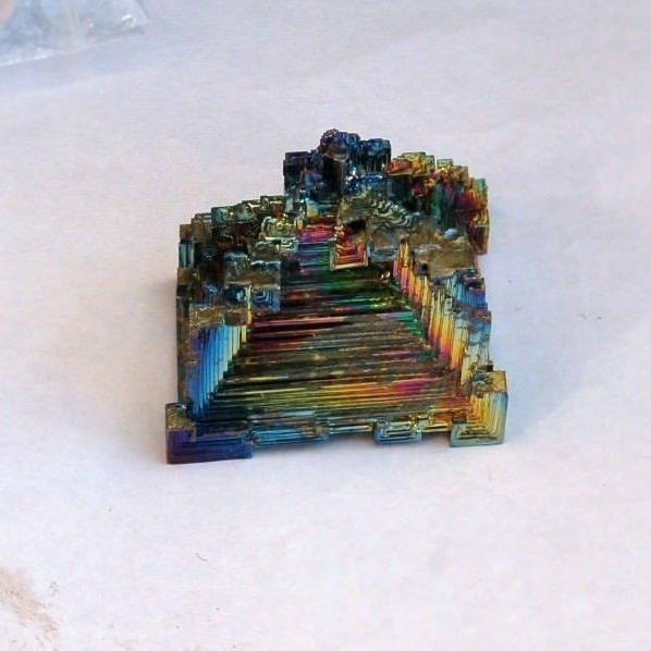 LARGE BISMUTH PIECE - 149 gms 5.4 x 5.6 x 3.8 cms
