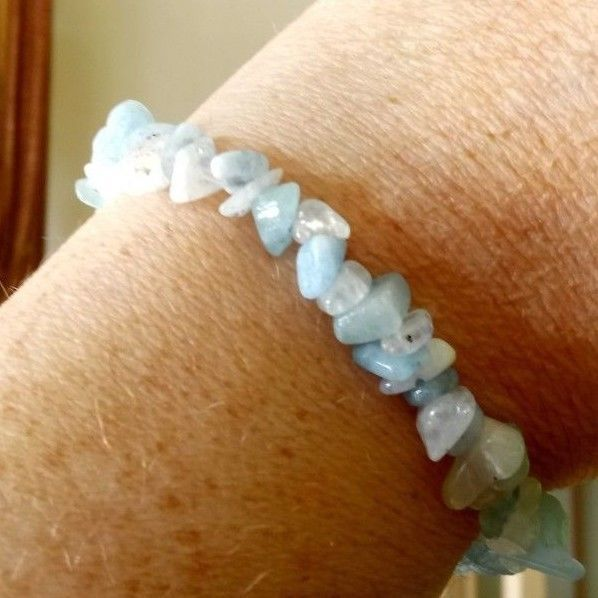 AQUAMARINE AND MOONSTONE CHIP BEAD BRACELET - SELF LOVE, RELEASE