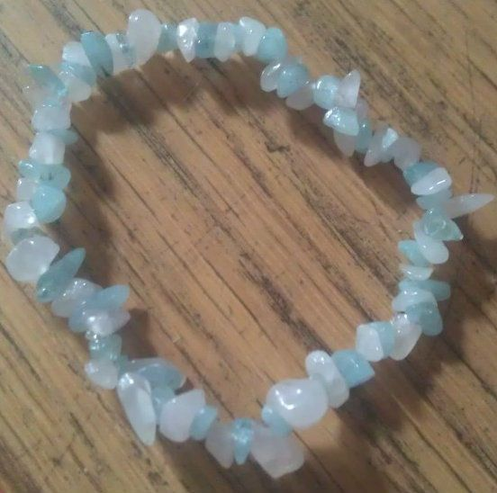 AQUAMARINE AND ROSE QUARTZ  HEALING CRYSTAL CHIP BEAD  BRACELET - LOVE, HEART